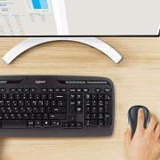Logitech-MK330-Combo-Clavier-et-souris-sans-fil-USB-batterie-longue-dure-compatible-avec-Windows-et-Chrome-OS-disposition-des-touches-AZERTY-franaise-Noir-0-0